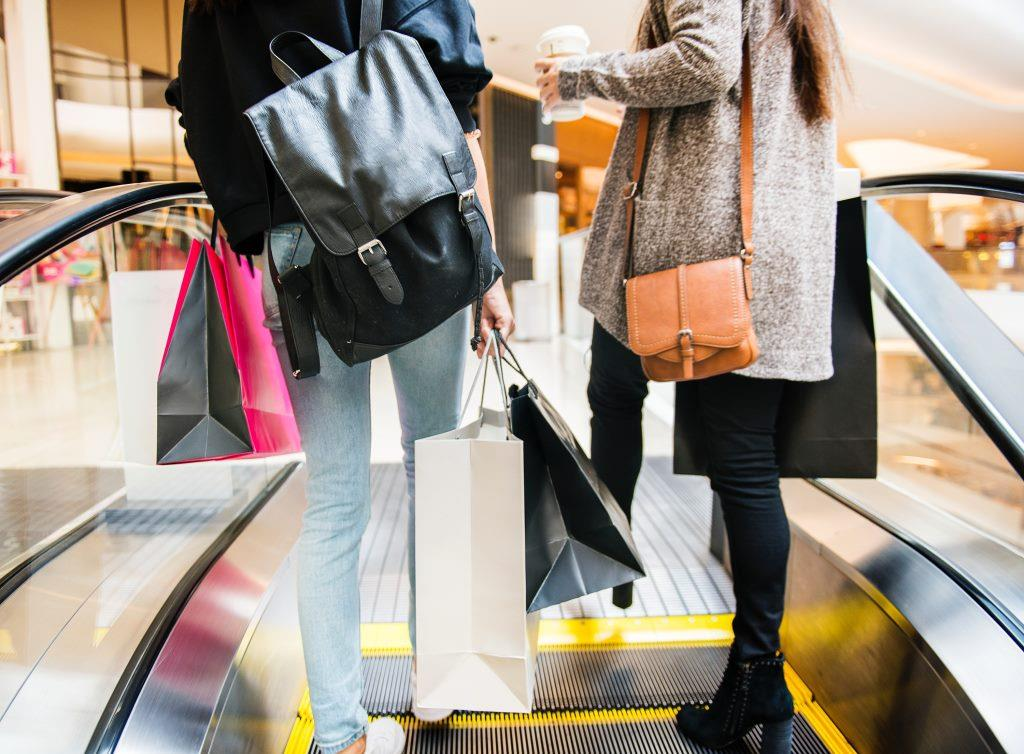 пазаруване с бърз кредит