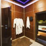луксозна баня с подов сифон
